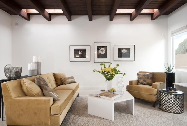 Parade+of+Homes+2014+-+Contemporary+Living+Room+Decor+by+Jennifer+Ashton+for+Borrego+Construction+copy.jpg