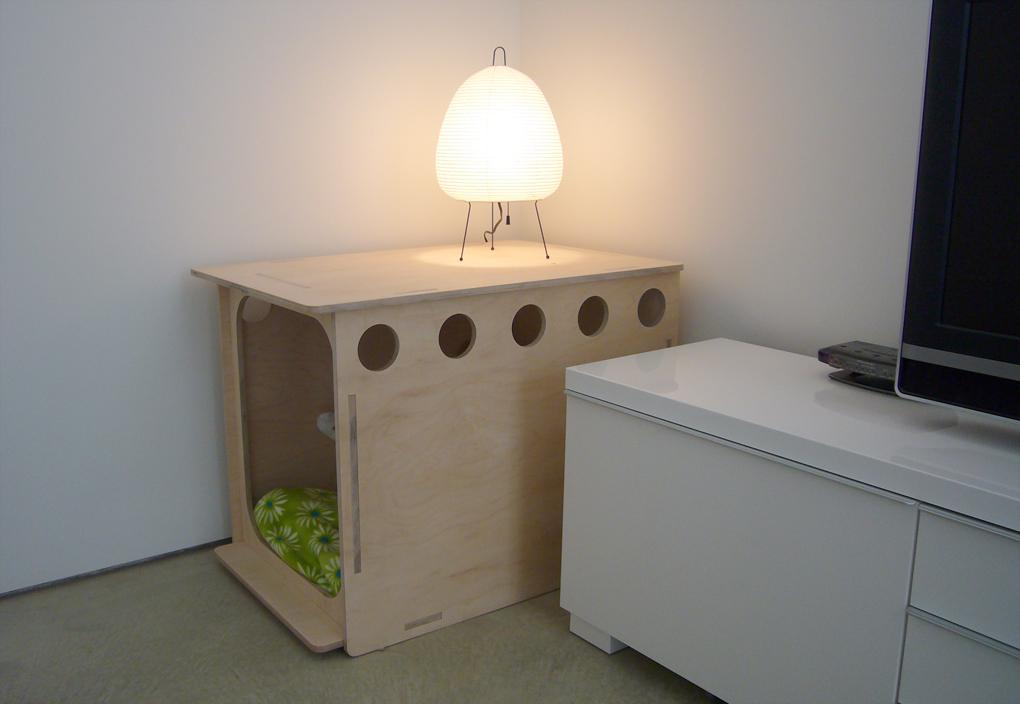 Modern_doghouse_03jpg