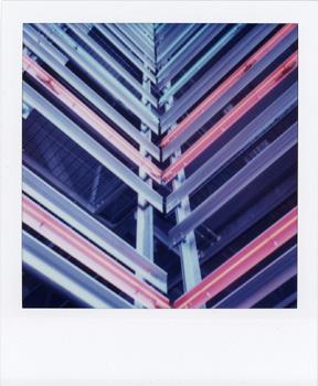 Polaroid_SX70_33_DWP.jpg