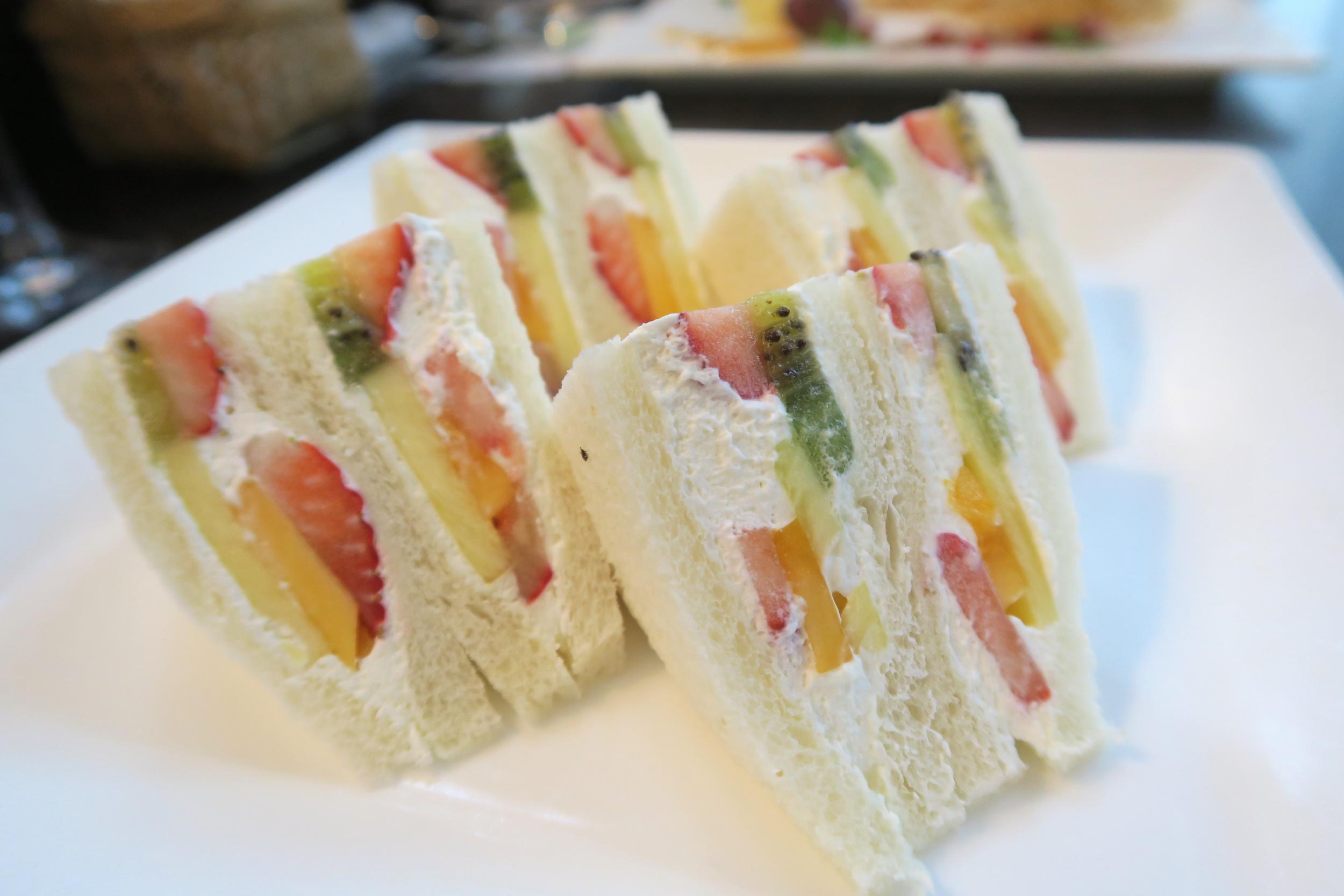 Sembikiya Fruit Parlor - Mixed Fruit Sandwich.
