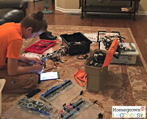 Building with LEGO® Education Mindstorms EV3