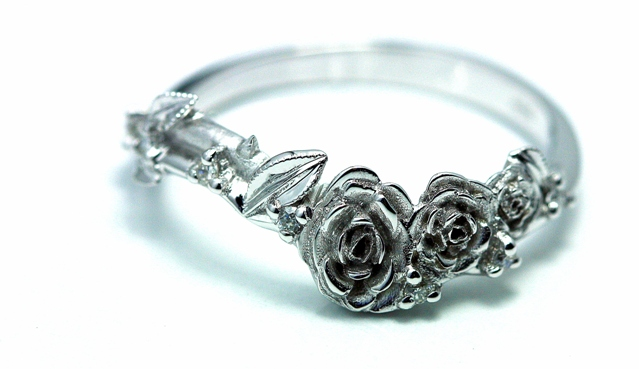 Rose_Fitted_wedding_ring_18ct_white_gold.jpg