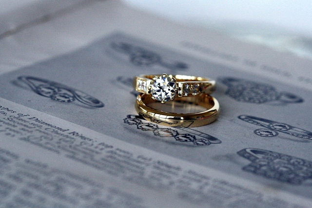 Diamond_8claw_Engagement_ring_6.jpg