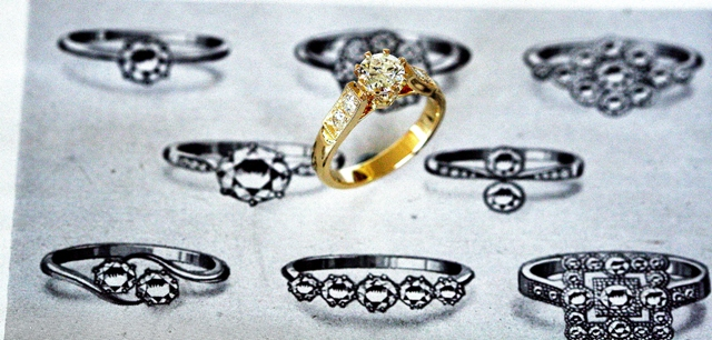 Diamond_8claw_Engagement_ring_4.jpg