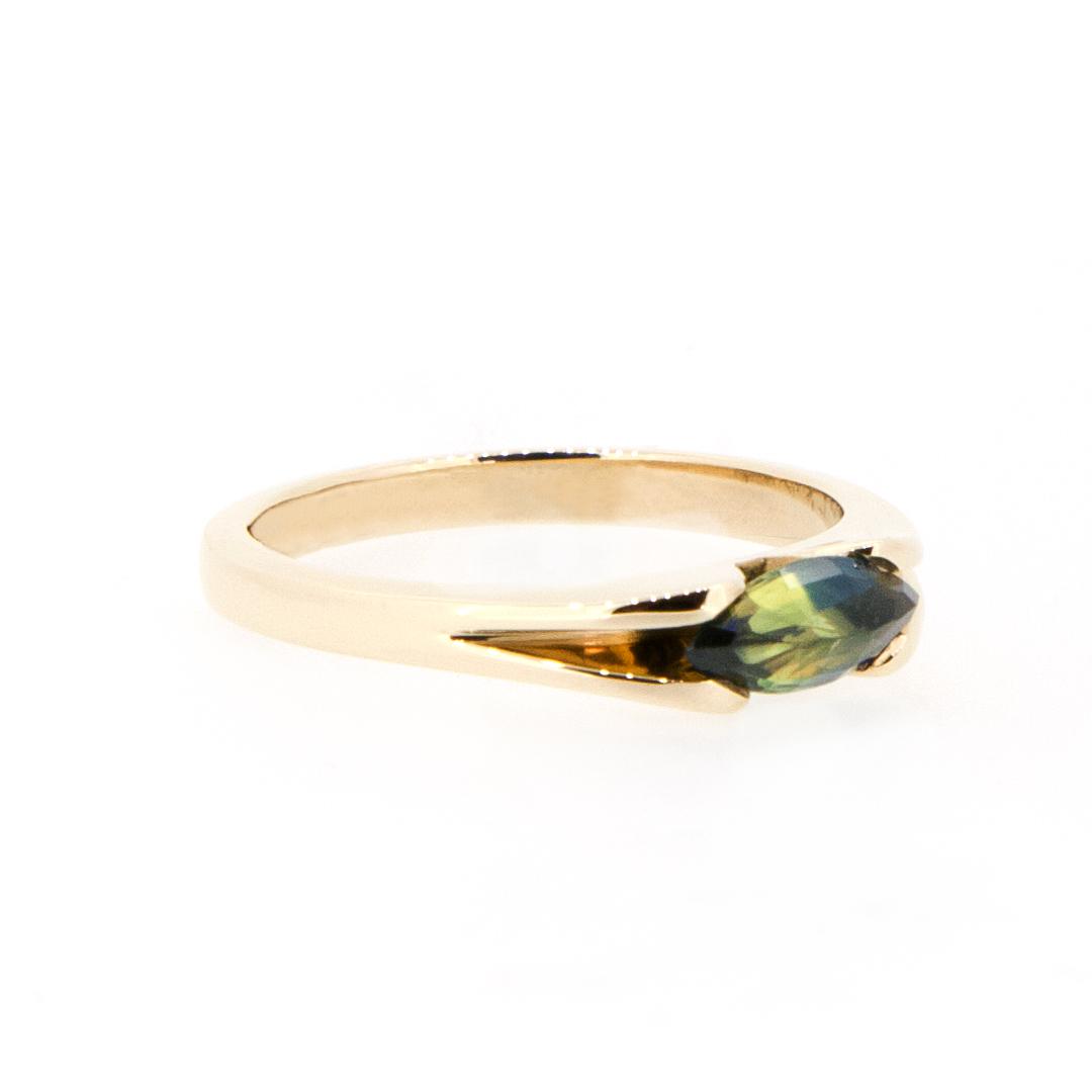 CUS4001 Sapphire Marquise Ring 1.jpg