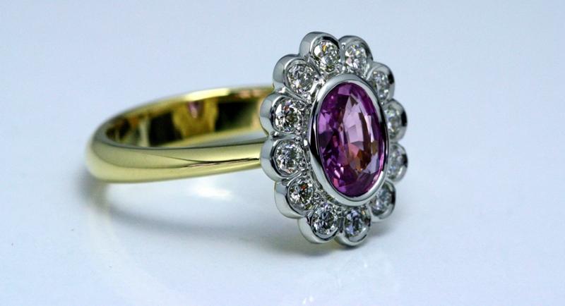 Pink_Sapphire_Cluster_ring_3.jpg