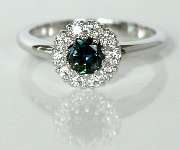 Sapphire_Cluster_ring_etsy_3.jpg