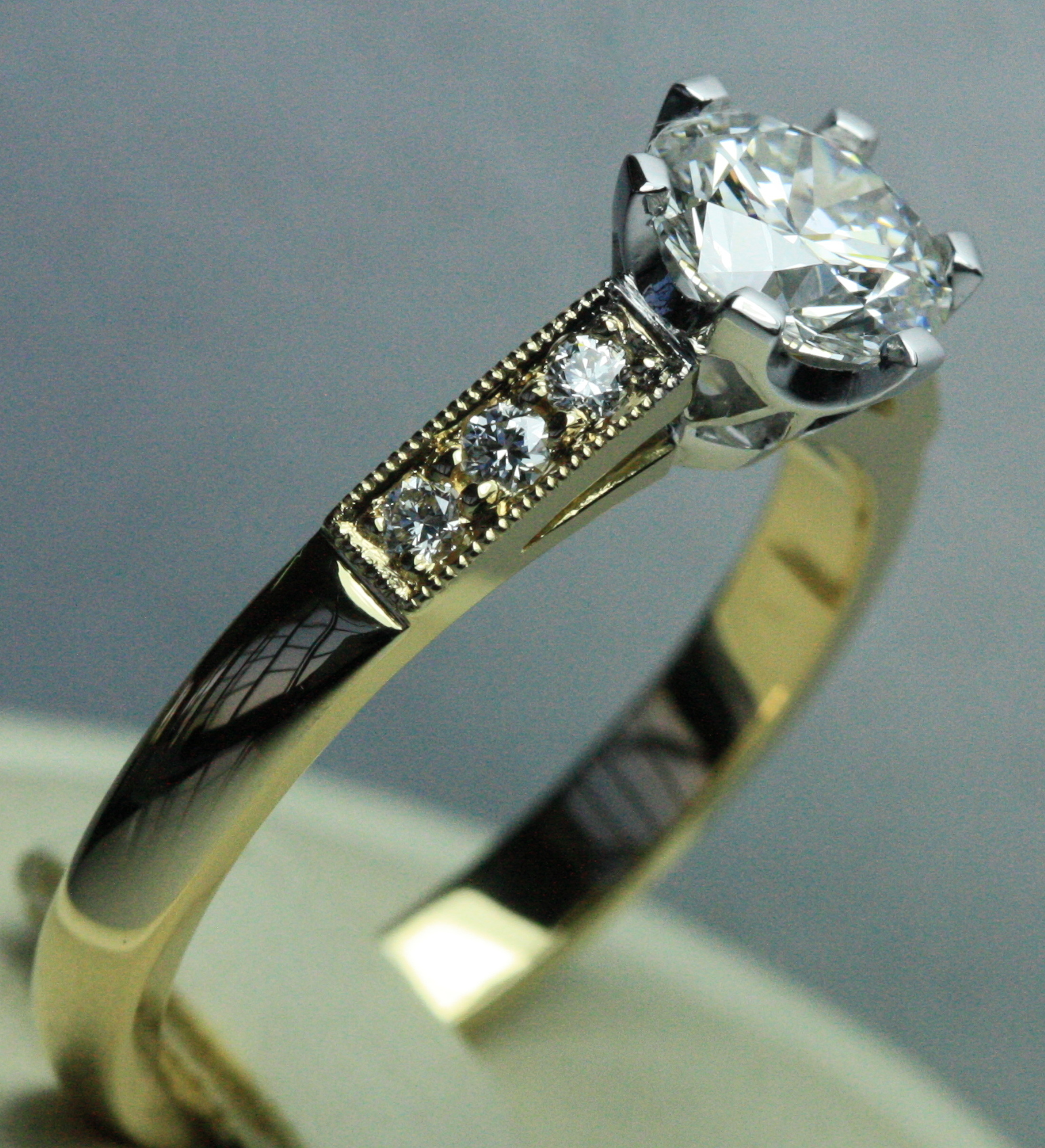 Pierced Setting Engagement (22).JPG