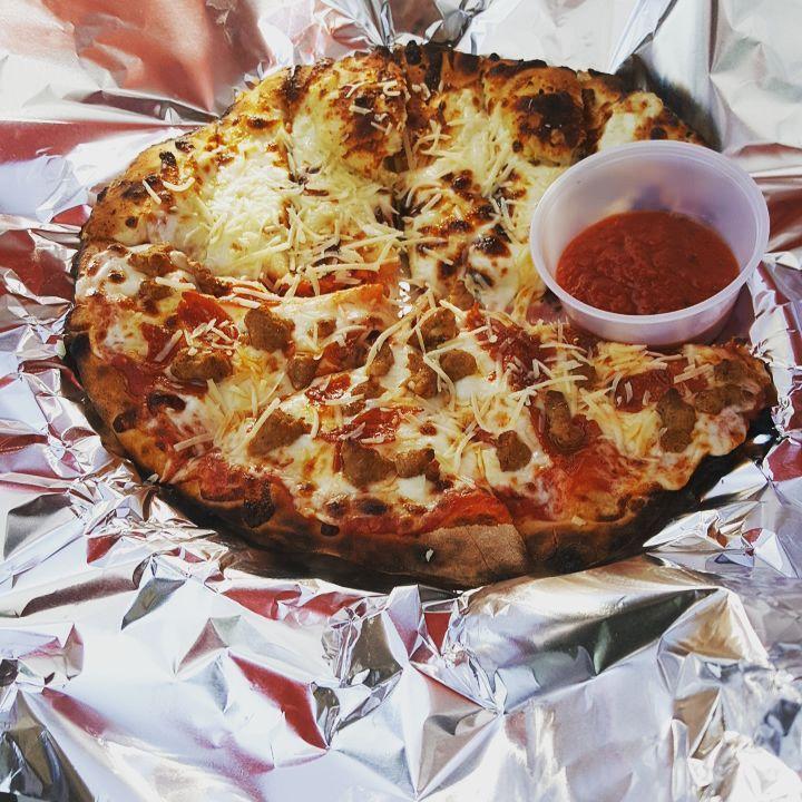 blazin pizza.jpg