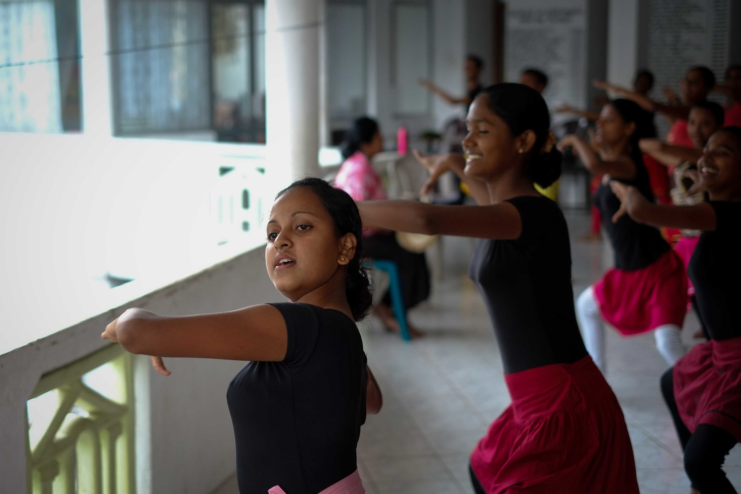 We stumbled onto a dance rehearsal in the walled city of Galle, giving us a great behind-the-scences look at traditional dancing.
