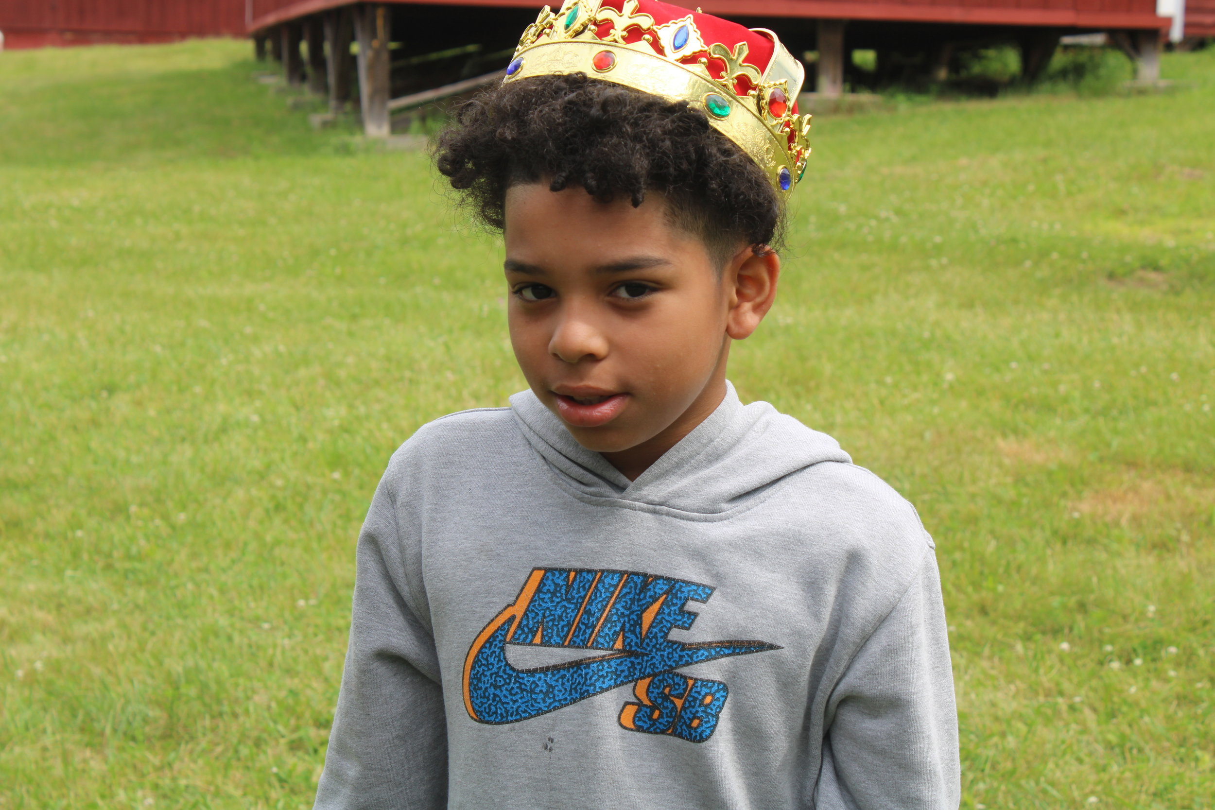 camper of the day boy crown.jpeg