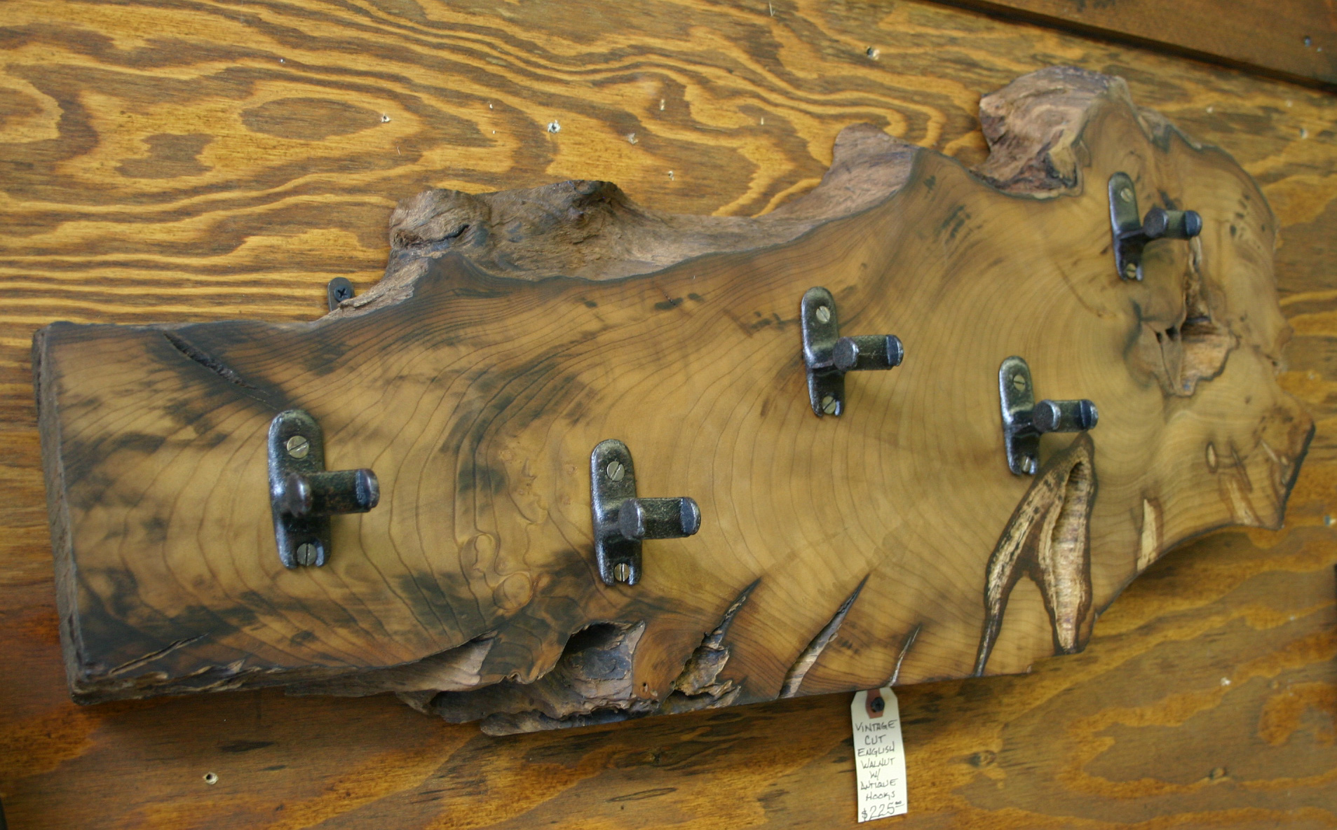 Cut Walnut Hook Rack