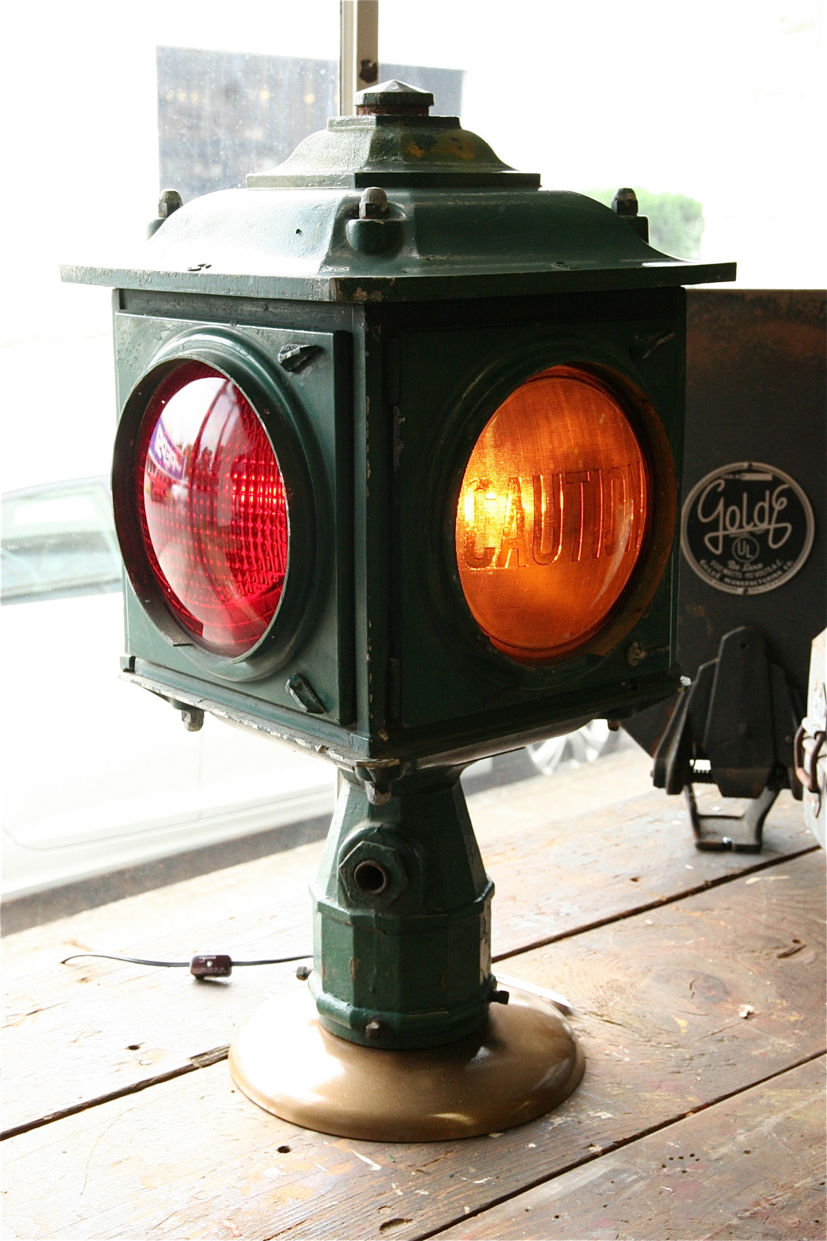 Industrial 4-way, Post-Mount Traffic Light