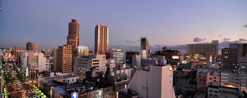 浜松で英語教育を開始して38年、22か国語と出会う場所。