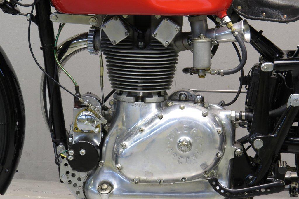 Gilera-1946-competizione-4.jpg