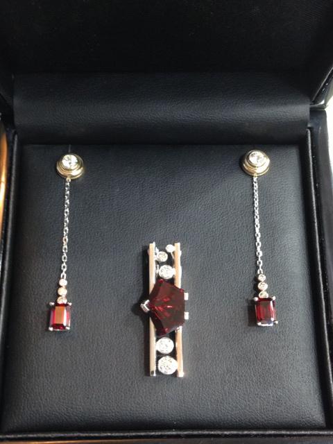 Craft-Revival Jewelers, unique pendant, unqiue necklace, garnet pendant, munstiener pendant