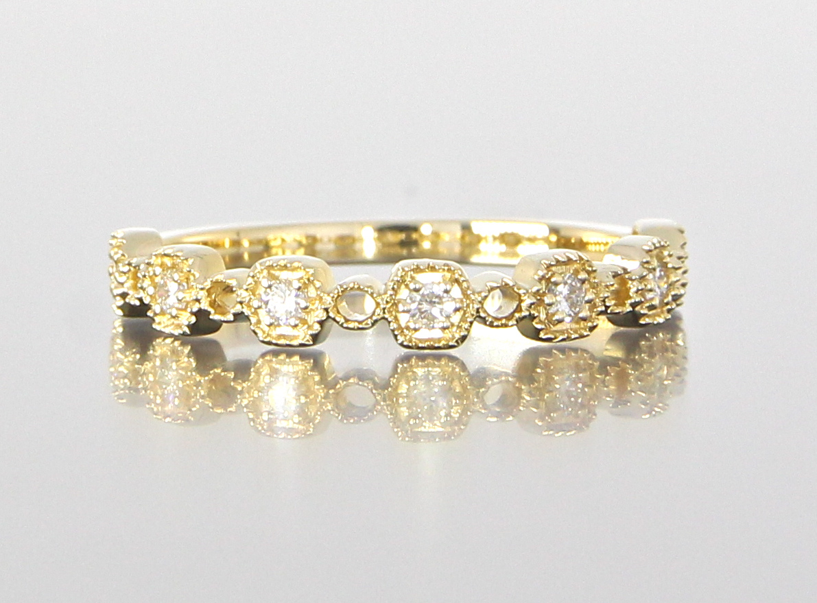 unique-delicate-yellow-gold-diamond-wedding-band-vintage-craft-revival-jewelry-store-grand-rapids