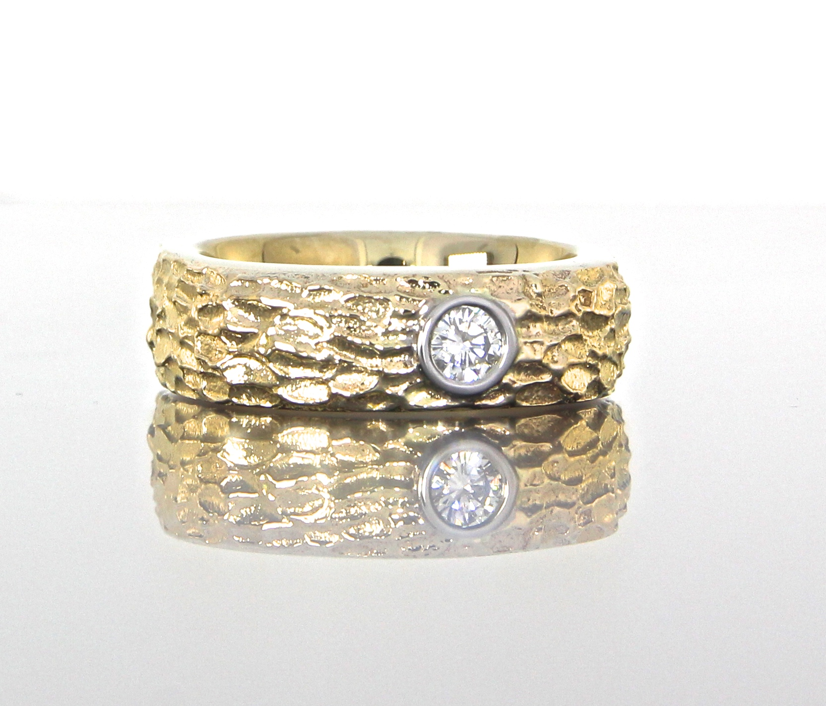 unique-mens-band-textured-wedding-band-yellow-gold-round-diamond-modern-design-craft-revival-jewelry-store-grand-rapids