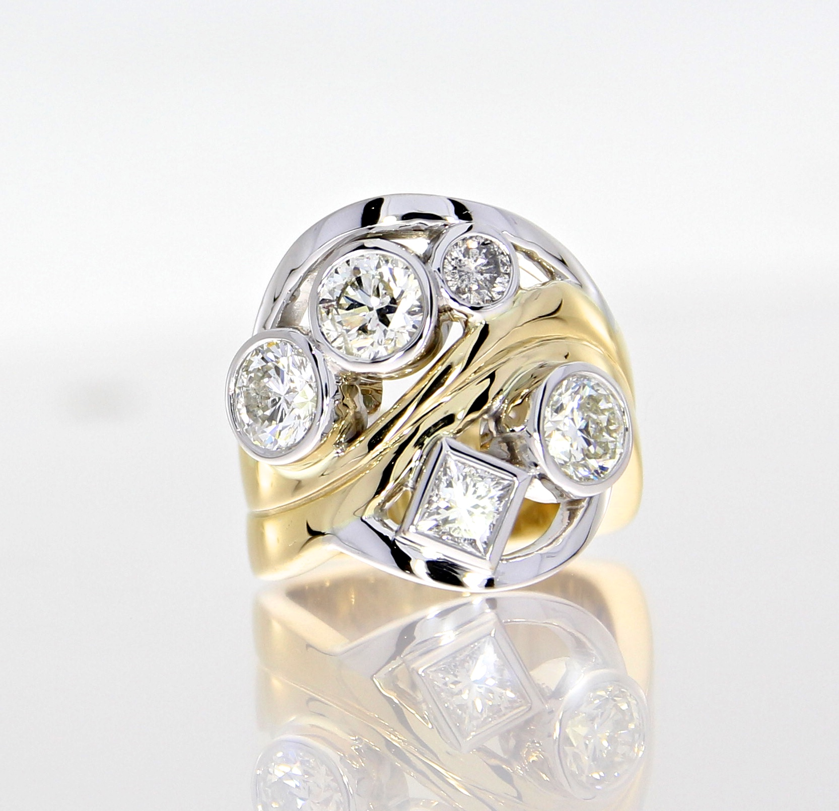 Restyling & Redesign - Create something new without losing the sentiment of the past. We thoughtfully transition your jewelry pieces of old, working with your diamonds and fine gems, into new items that fit you and your lifestyle