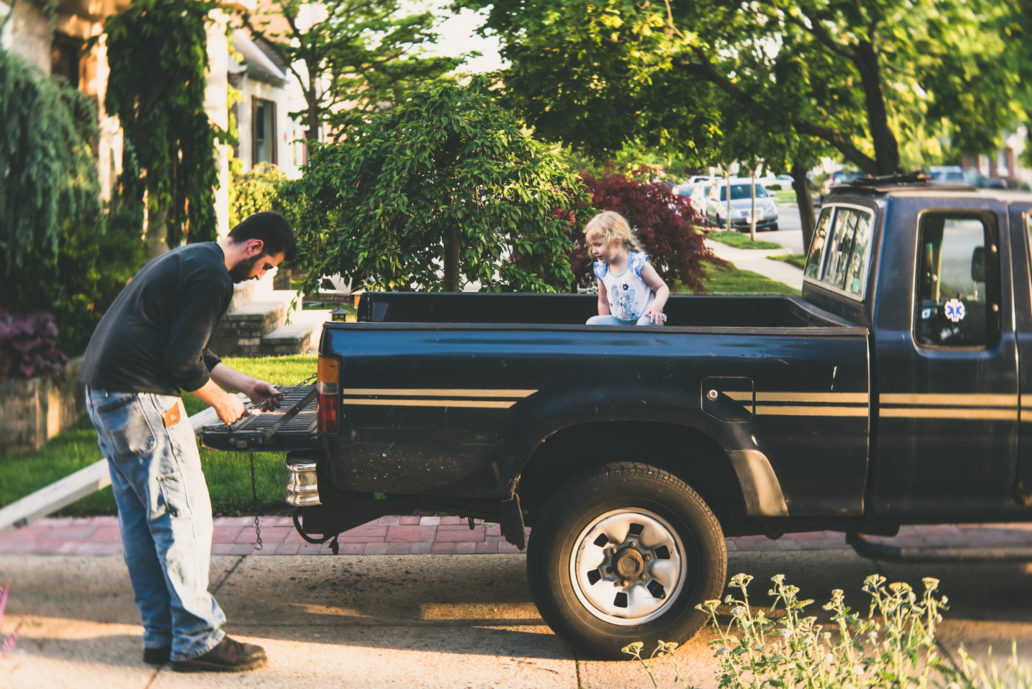 Man and daughter working on truck | Francesca Russell Photography | Nassau County Family Photographer