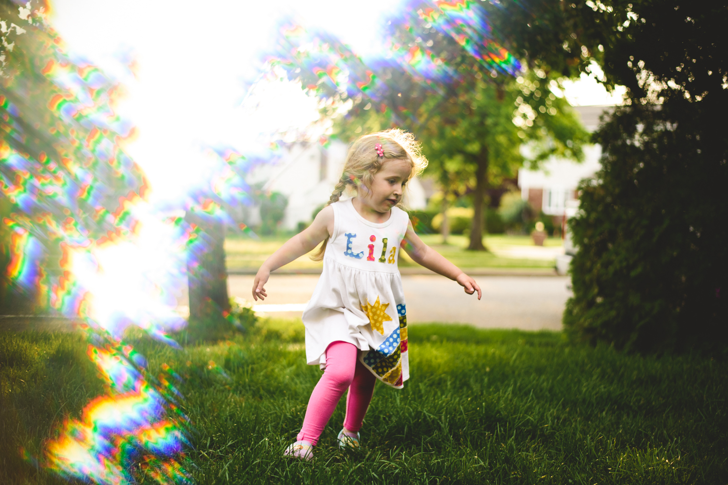 Little girl playing with bubbles | Francesca Russell Photography | Nassau County Family Photographer