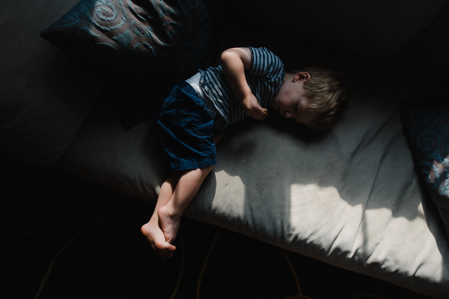 Francesca Russell Photography | Long Island Family Documentary Photography | Logan lying on the couch