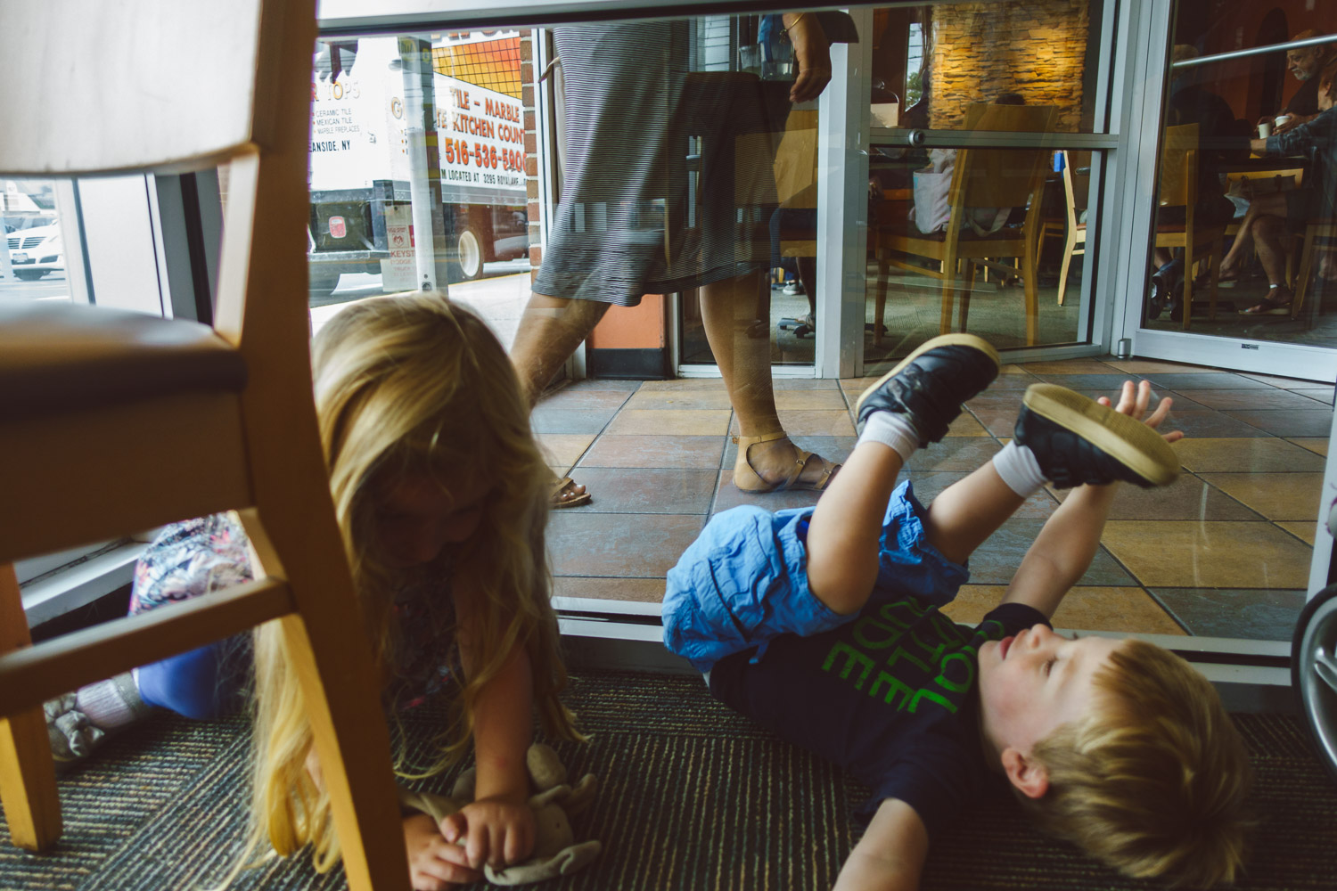 Francesca Russell Photography | Long Island Family Documentary Photography | Shenanigans at Panera