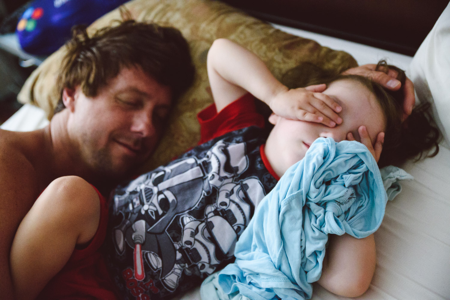 Francesca Russell Photography | Astoria, Queens Family Photographer | Christopher & Dylan waking up