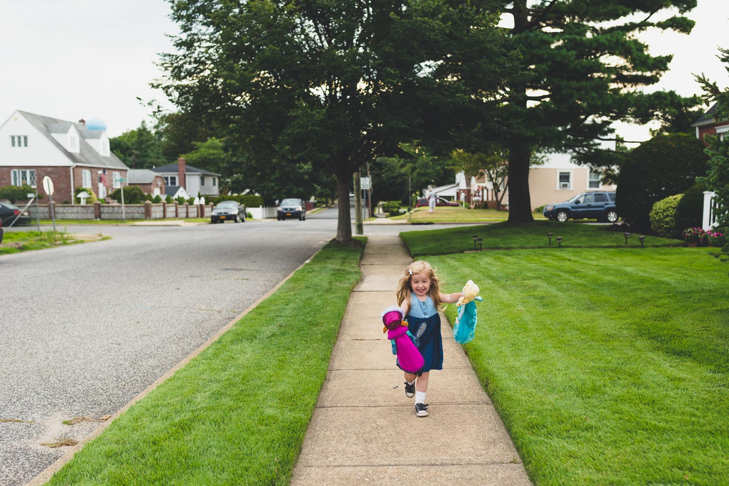 Francesca Russell Photography | Long Island Storytelling Photographer | Lila walking with Anna and Elsa