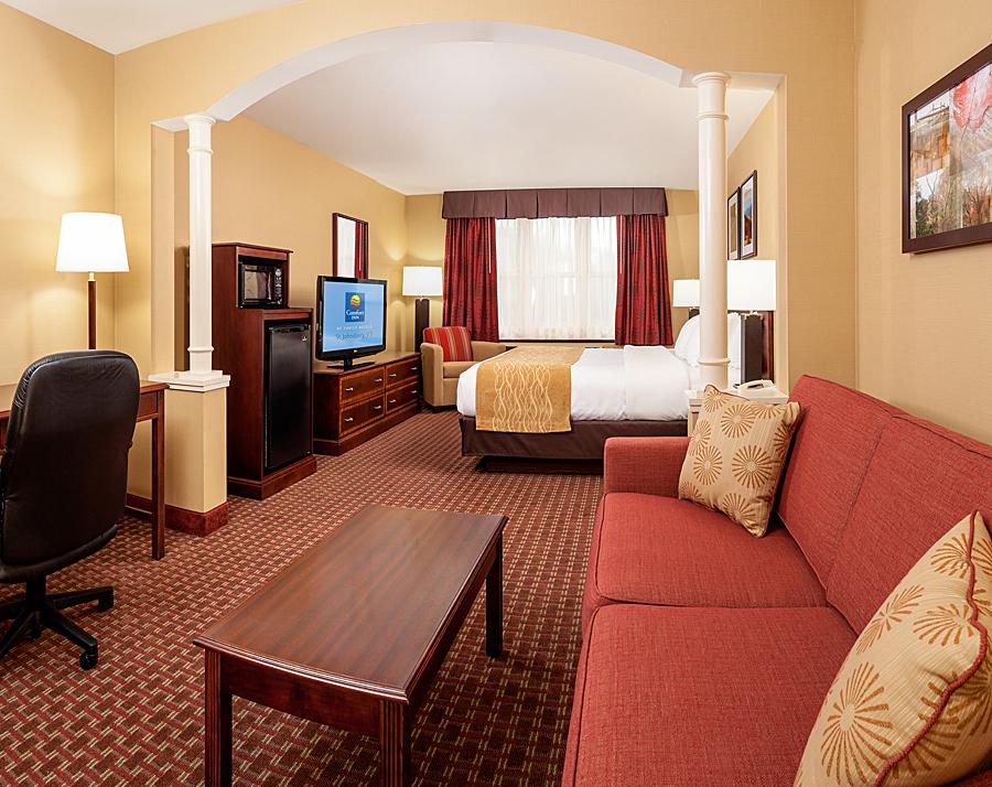 VT031 King Room.jpg