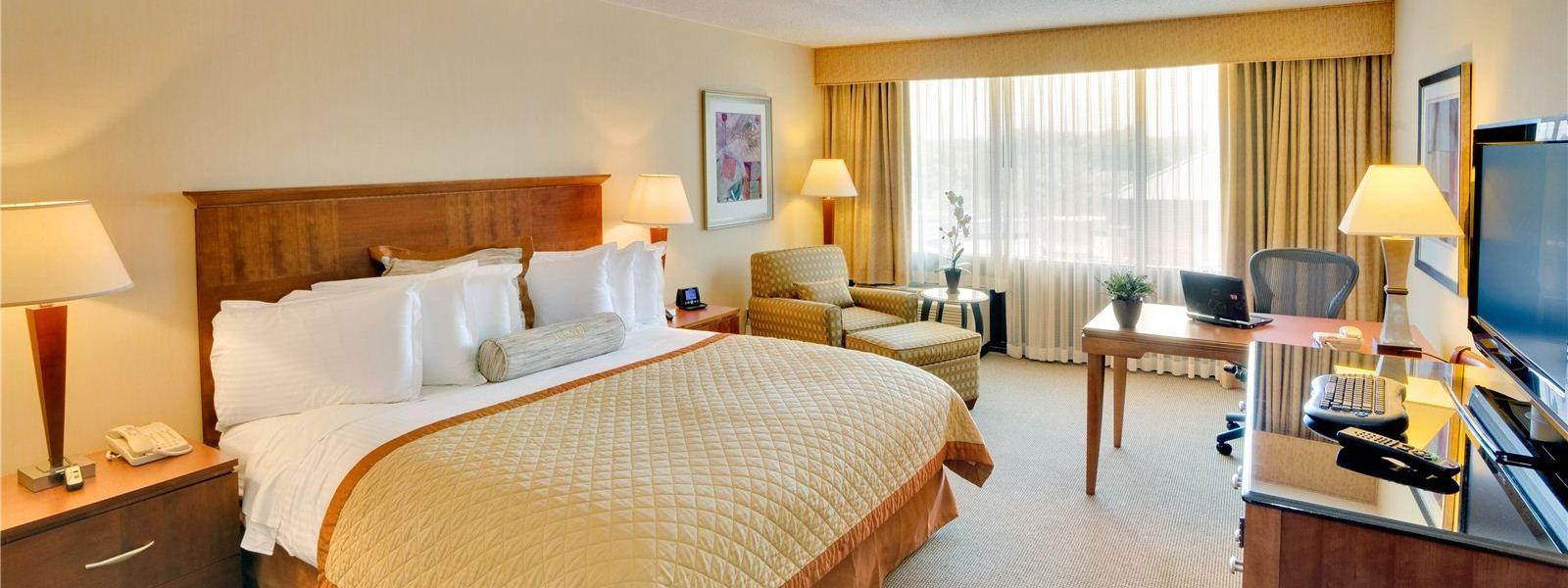 wyndham-boston-andover-hotel3-top.jpg