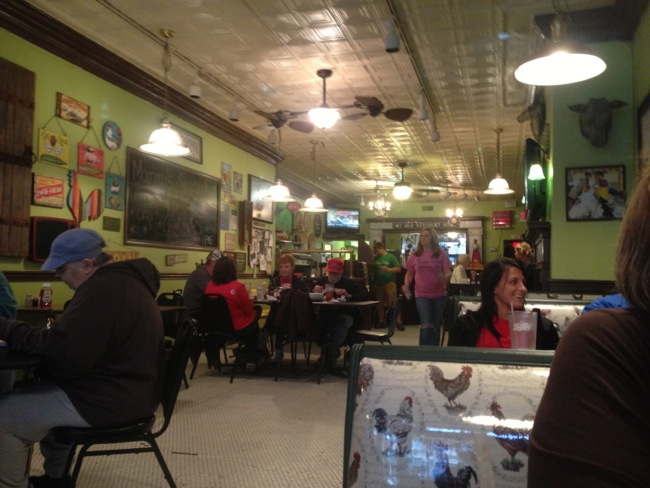 Mammy's Kitchen is a great small town restaurant with awesome food