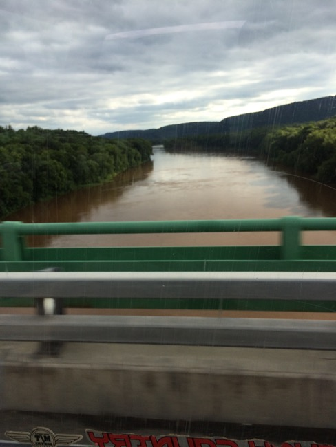 Crossing the Delaware river from Pennsylvania into New Jersey