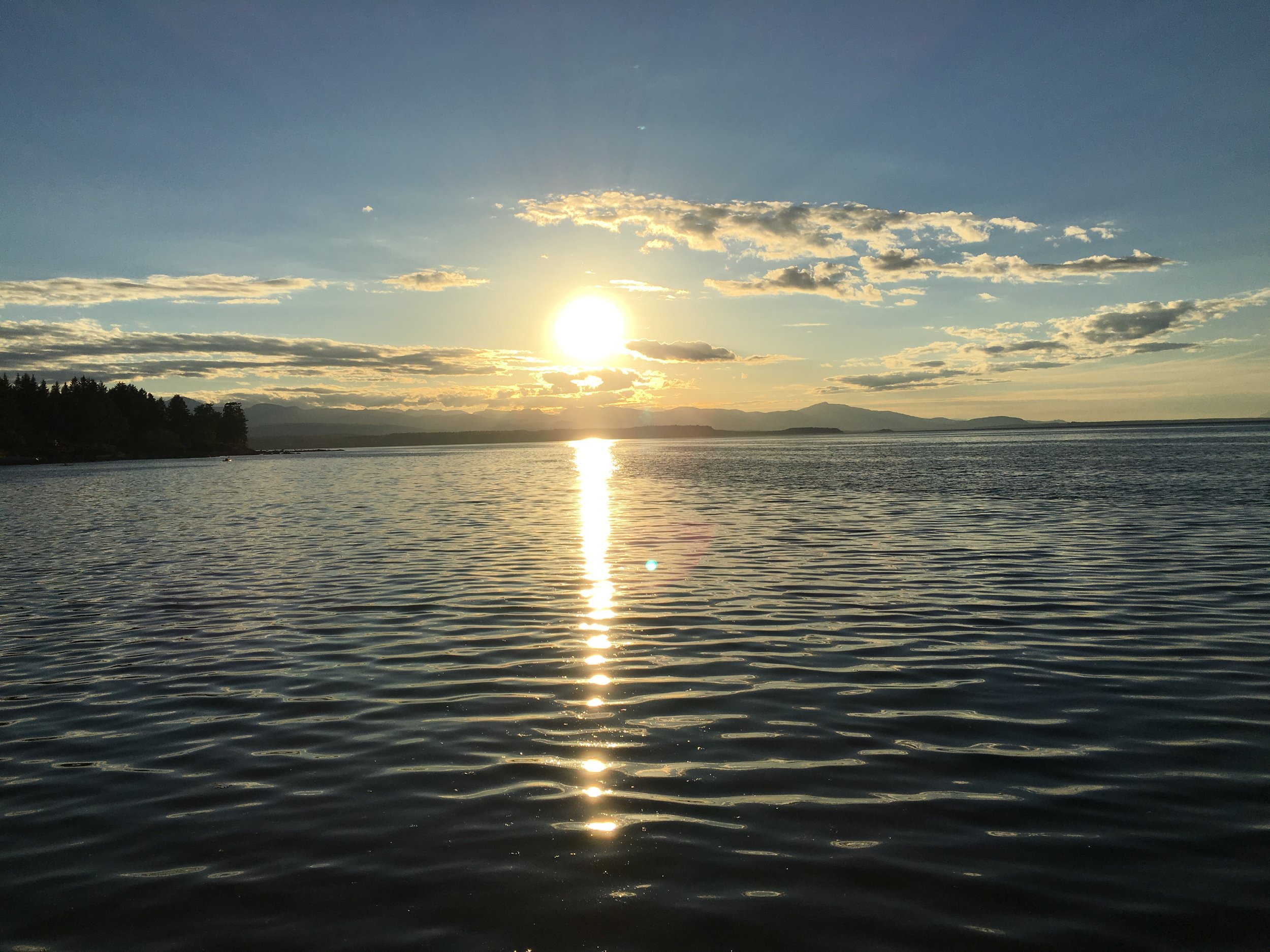 Grassy Point - Amazing sunsets to guzzle with the eyes