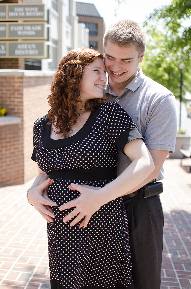 hampton roads maternity photographer