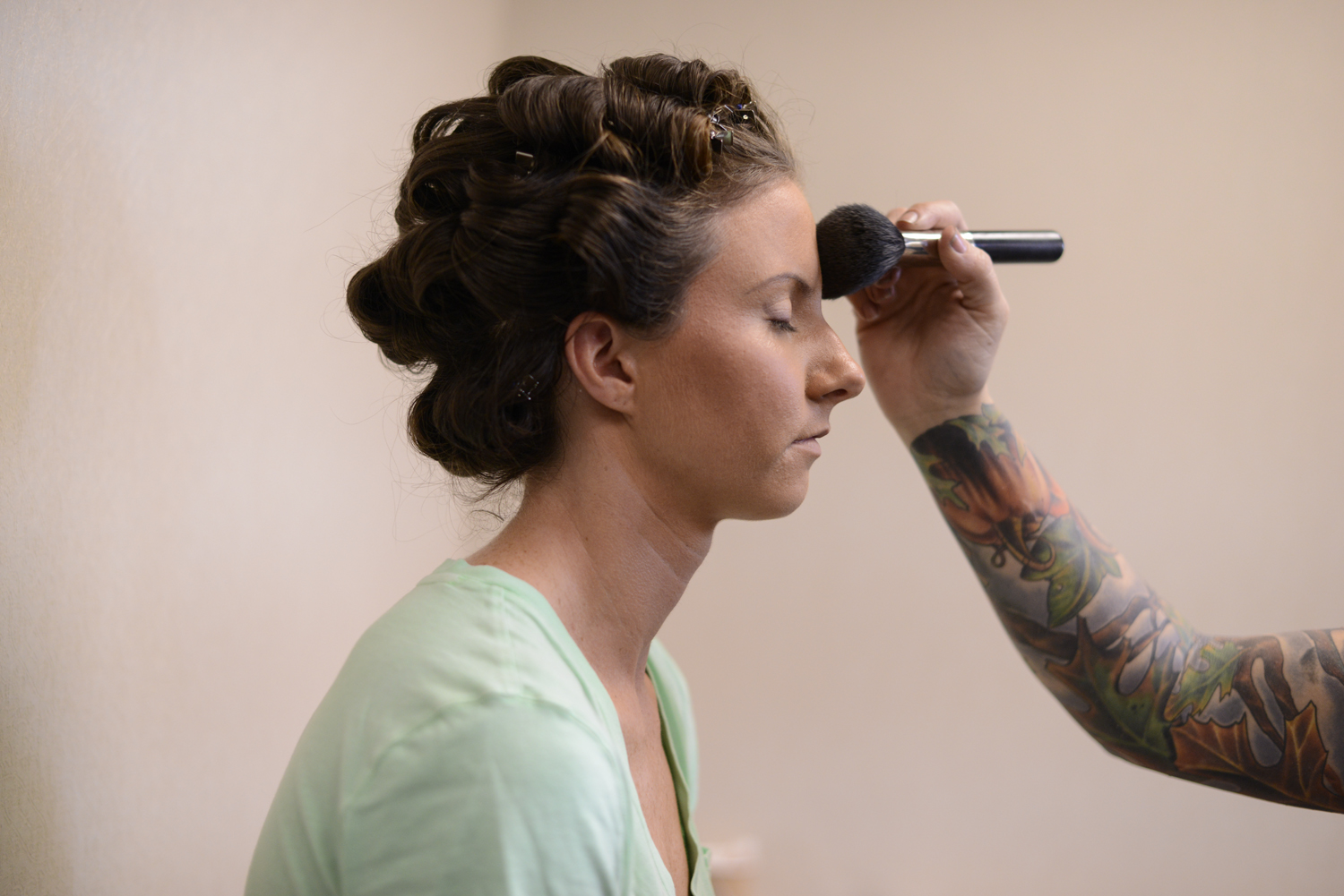 Bridge getting her makeup done |Maria Grace Photography