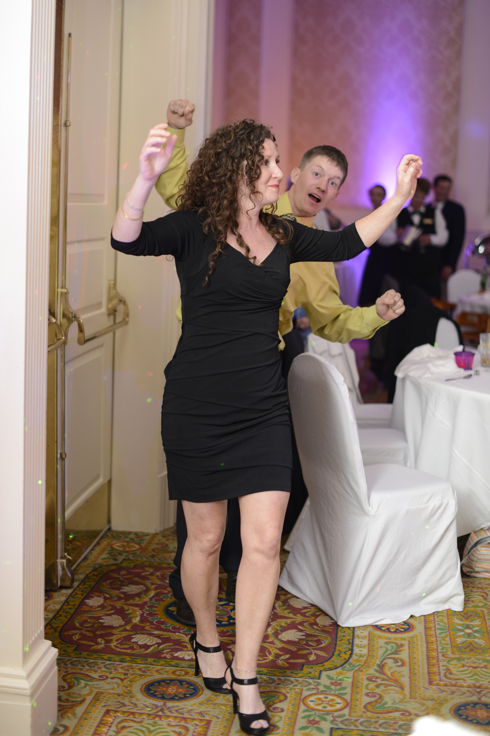 Dancing wedding guests at the reception |Maria Grace Photography