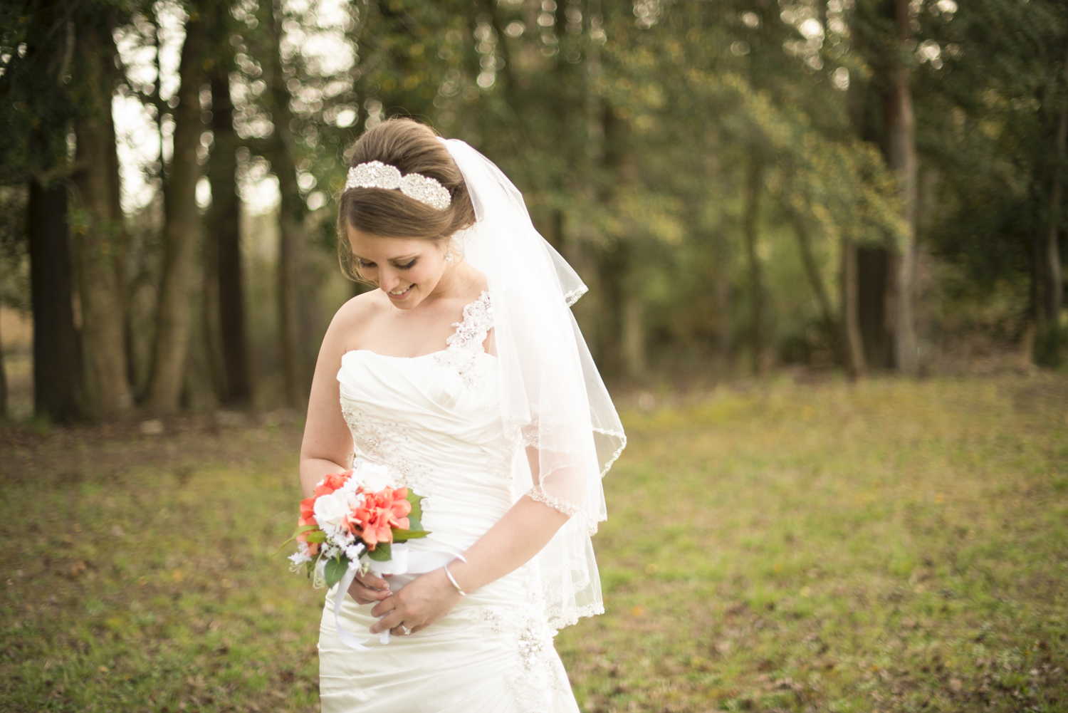 Gorgeous bridal portraits in front of the woods | Maria Grace Photography