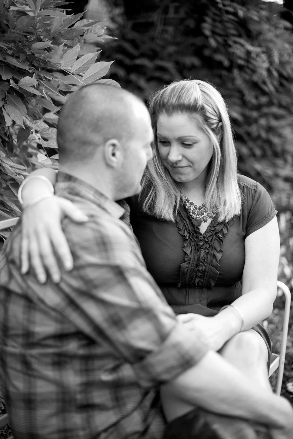 Beautiful Colonial Williamsburg engagement | Maria Grace Photography
