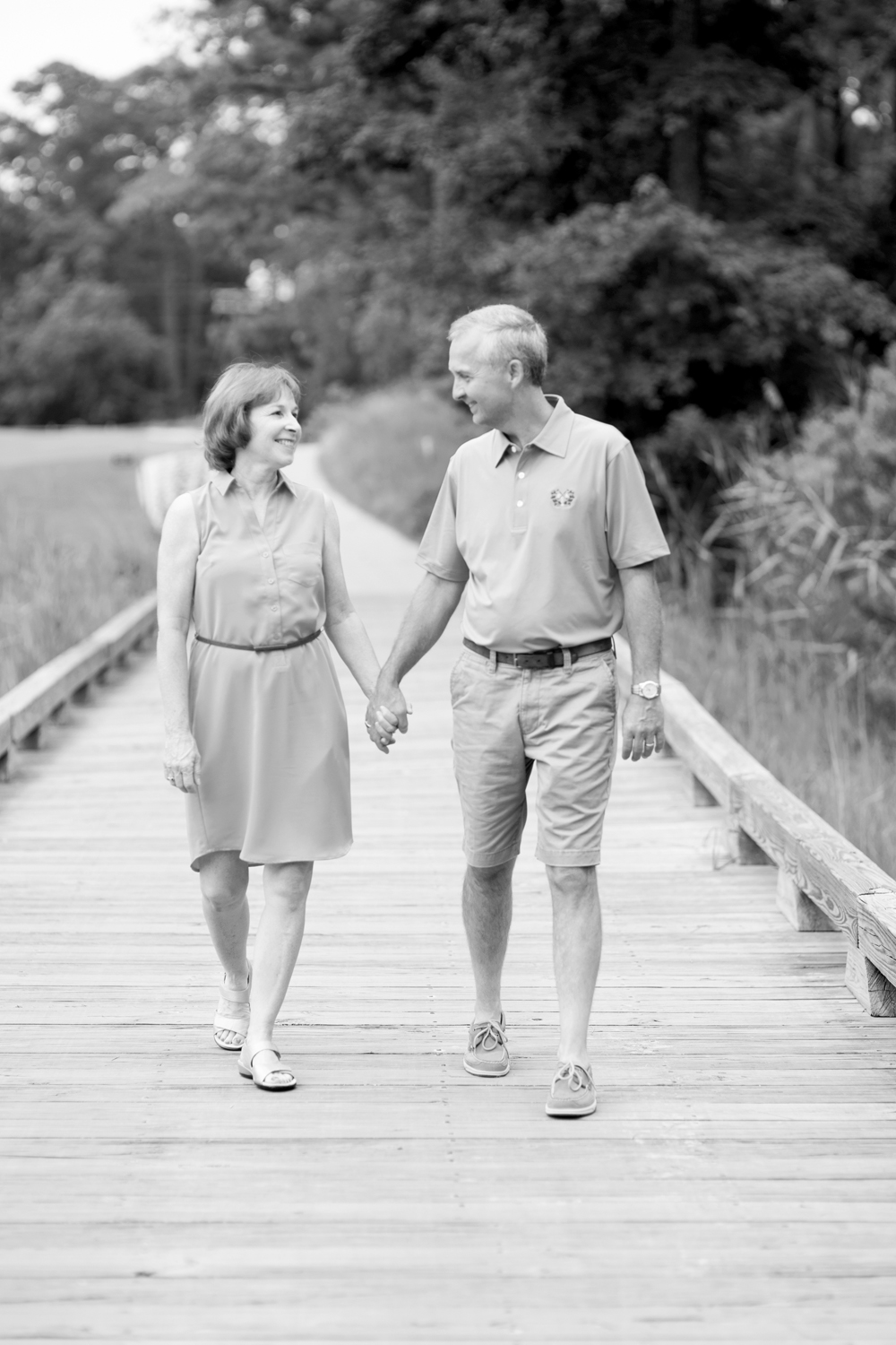 Grandparents Anniversary portraits  at Princess Anne Country Club Golf Course in Virginia Beach (black and white)