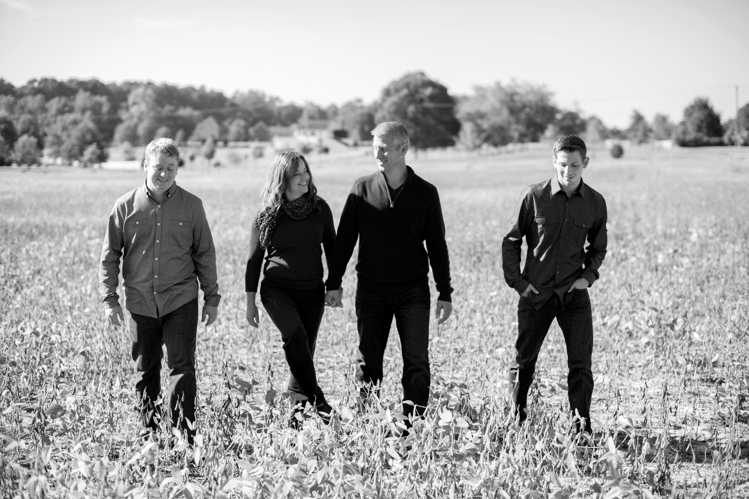 Windsor Castle Park fall family portraits in Smithfield, Virginia (black and white)