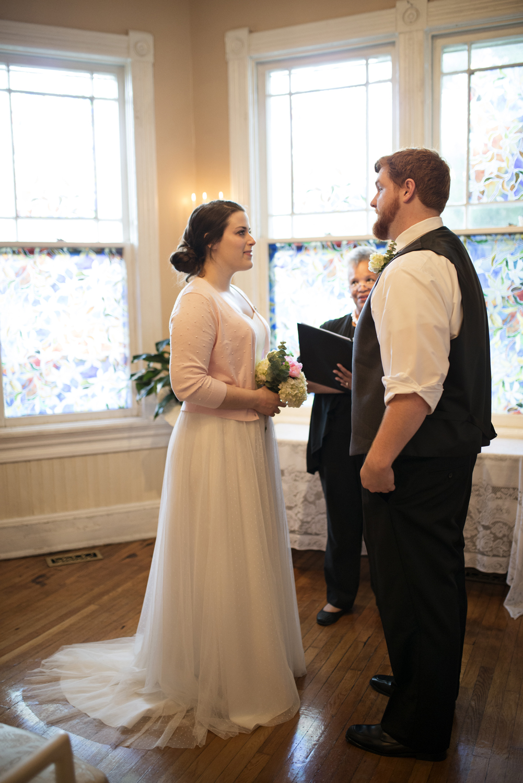 An elopement at the Magnolia House Inn in Hampton, Virginia