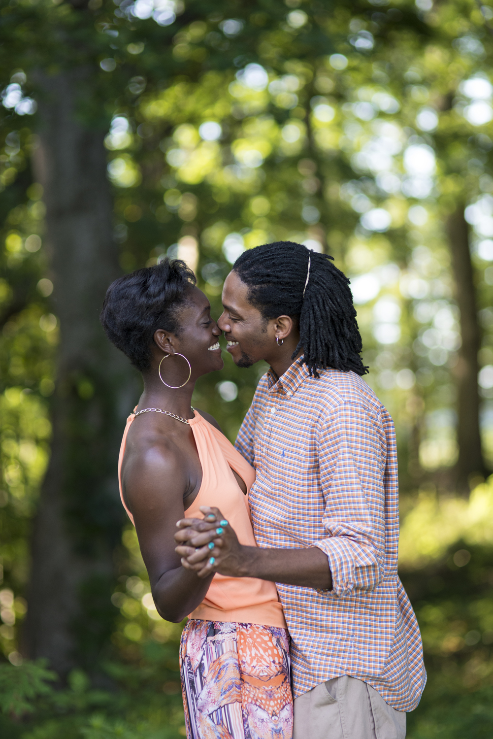 Couples portraits in Suffolk, Virginia, using Sigma 85mm f/1.4