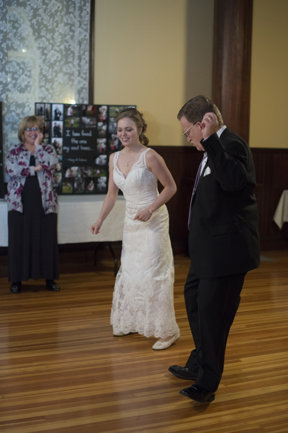 Father and bride dance to hip hop song Yeah at wedding