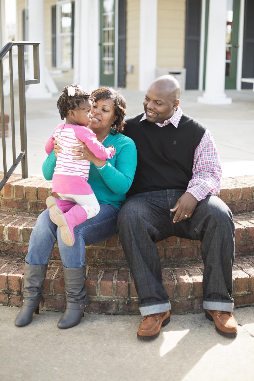 Fall family portraits in VirginiaEagle-Harbor-Carollton-Virginia-Family-Portraits