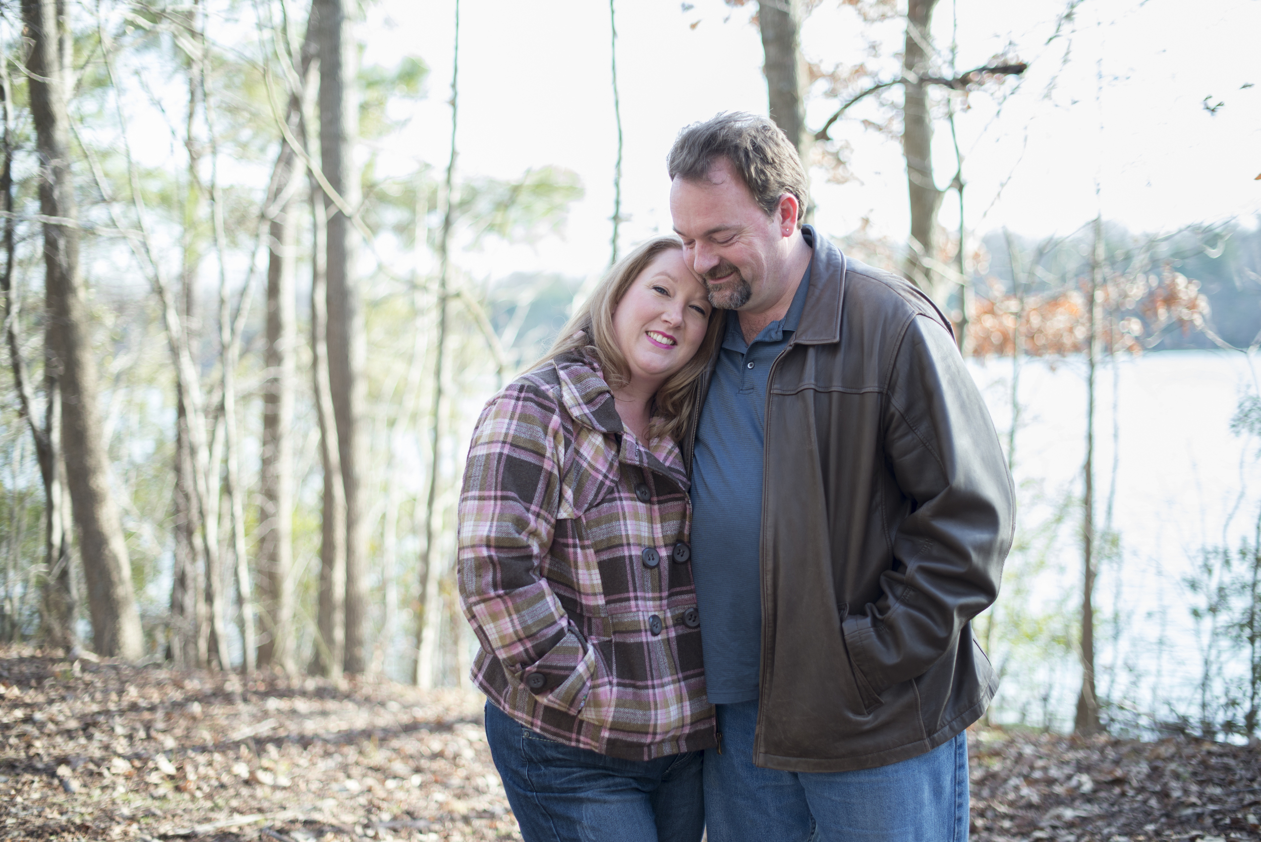 Beautiful wintry engagement session in January