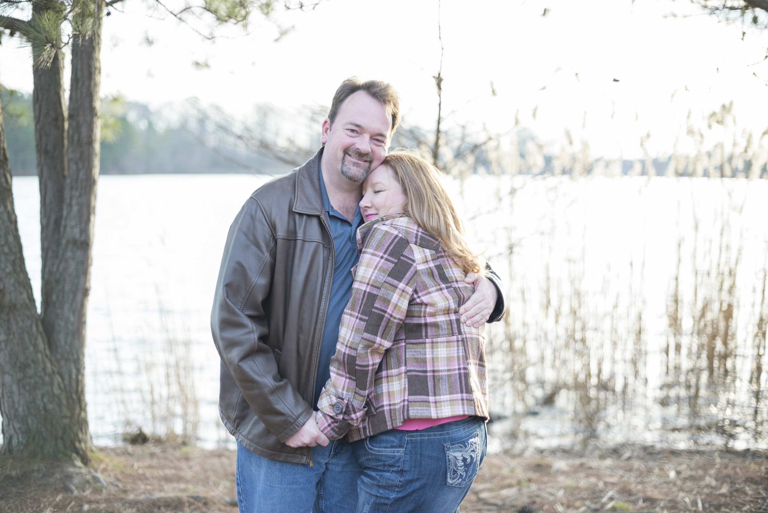 Sweet, intimate engagement session poses