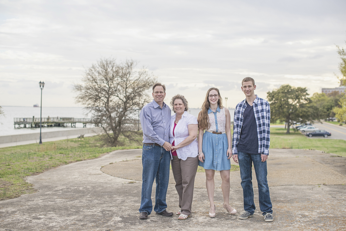 Sunset family session   Family portrait session poses