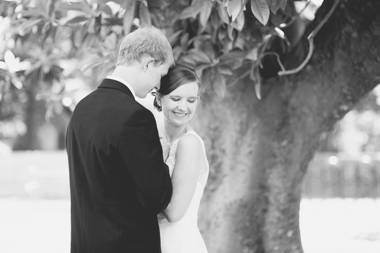 Wren Hall at William and Mary Wedding |   Bride & groom portraits