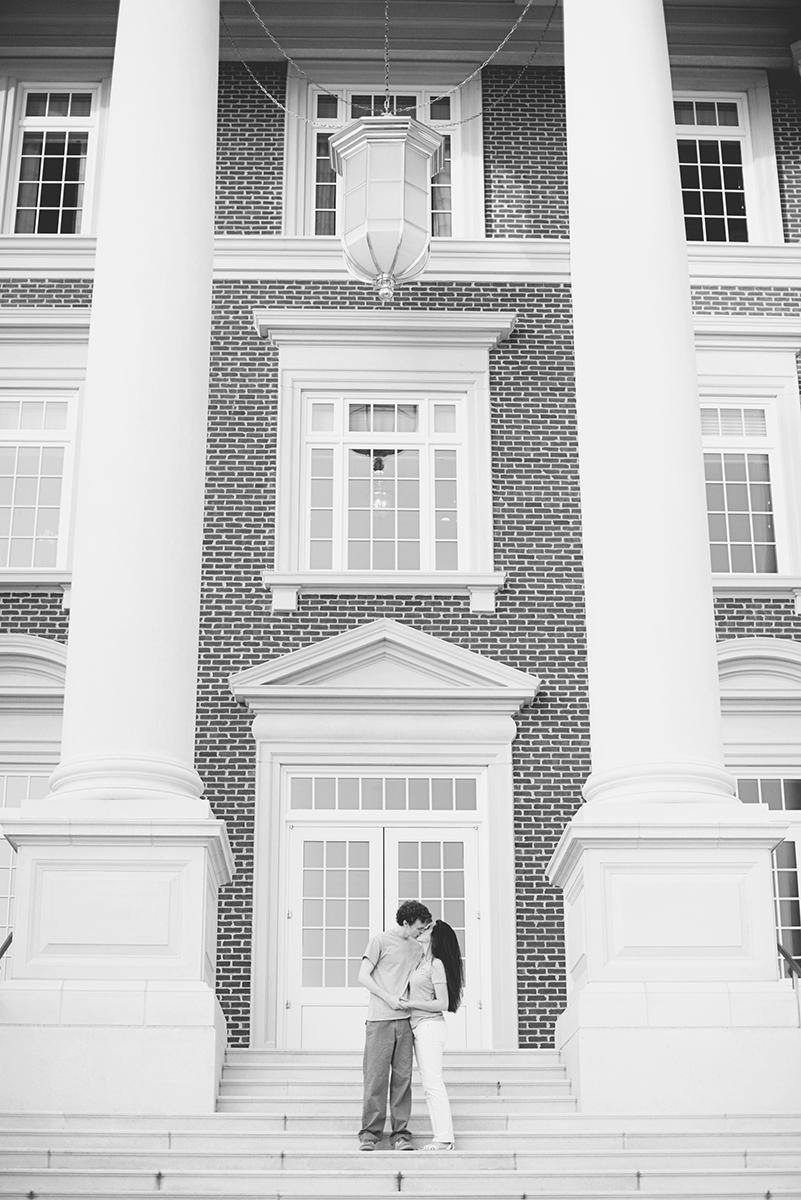 Christopher Newport Engagement Session | Rainy Spring Pastel Engagement Session